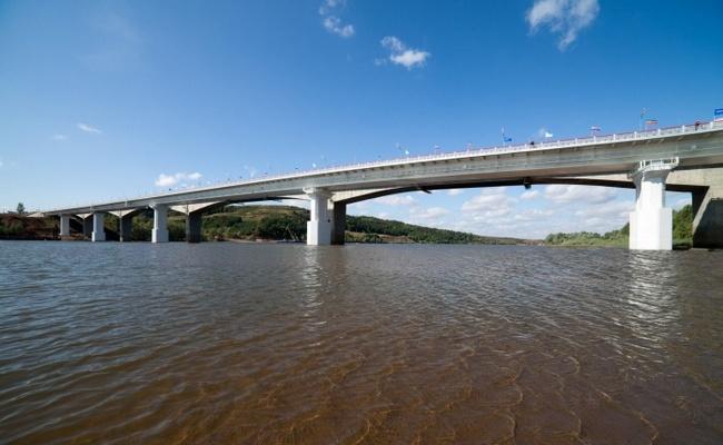 2011.09.03 Мост через реку Вятка (Мамадыш, трасса М7) 642м