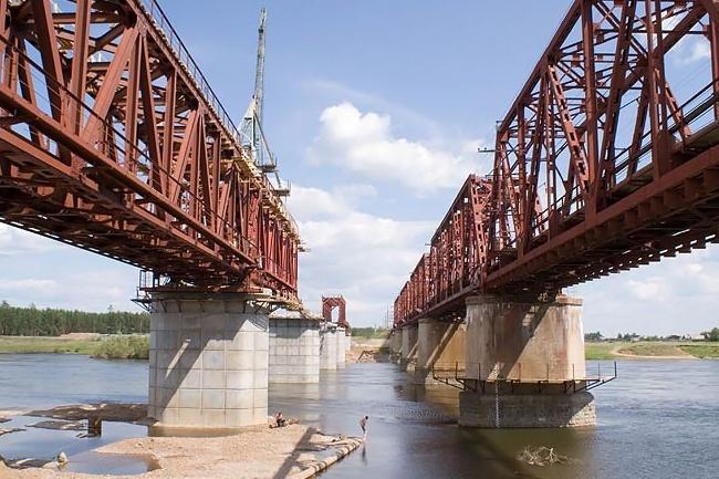 2009 Железнодорожный моста через реку Чуна (2-ой переезд, Октябрьский, Чунского района) - 350м