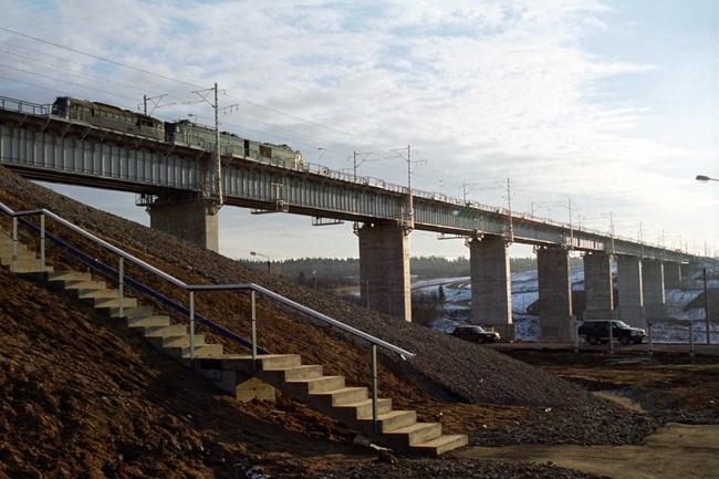 2001.09 Железнодорожный мостовой переход через реку Веребье (Прямой Веребьинский ход, Веребье) - 500м