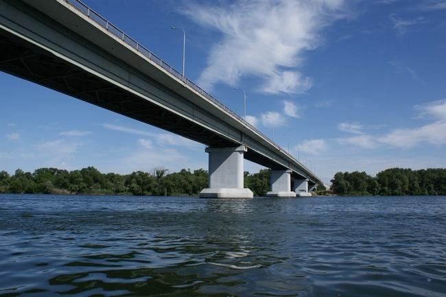 2006.08 Мост через реку Дон (Цимлянское шоссе, Волгодонск - Цимлянск) - 775м