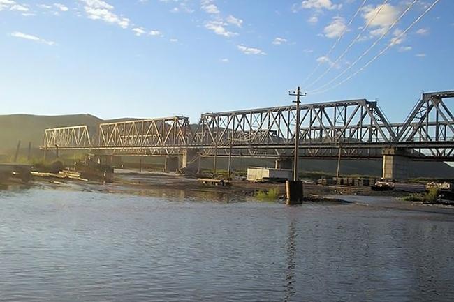 2008.11.14 Железнодорожный мост через реку Онон (Оловянная) - 440м