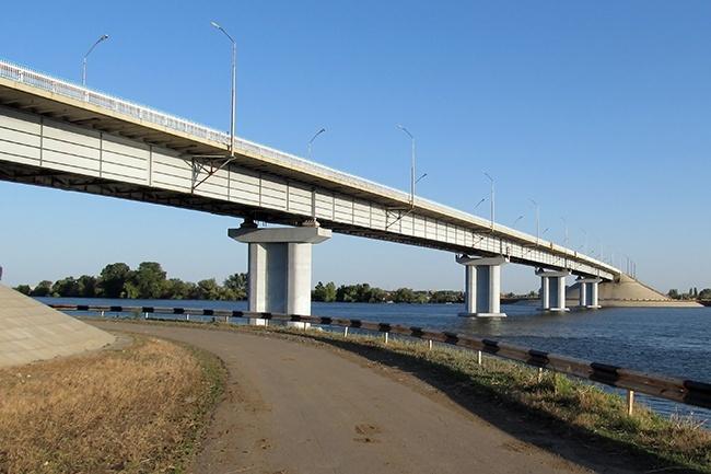 2004.10.12 Мост через реку Кривая Болда (Ямацуг, Астрахань) 391м