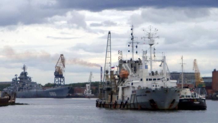 Земснаряд «Двинский залив» в Северодвинске