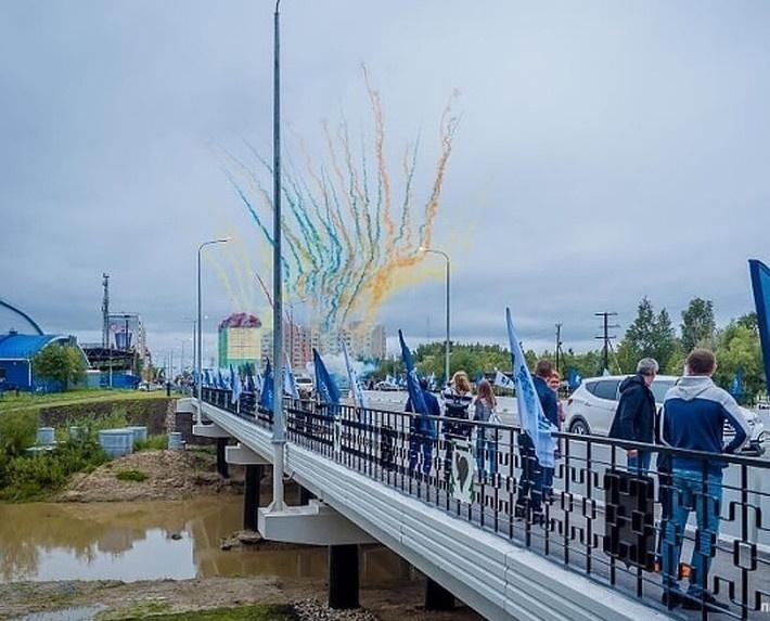 В Ханты-Мансийском АО открыто движение по новому мосту через реку Сайму
