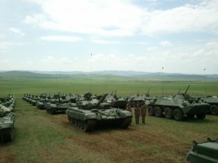 Танки и БТР поступившие на вооружение 016 мотострелковой бригады. Сагерлен