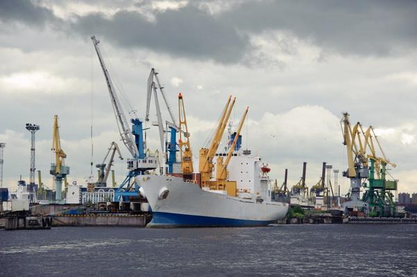 Порты России увеличили грузооборот в шесть раз с 1993 года