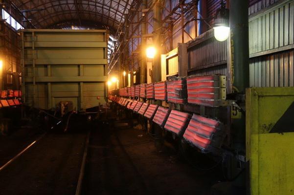 «Восточный Порт» установил рекорд зимней суточной выгрузки – 1050 вагонов