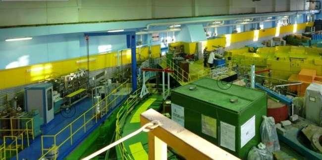 в экспериментальном зале на ИБР-2