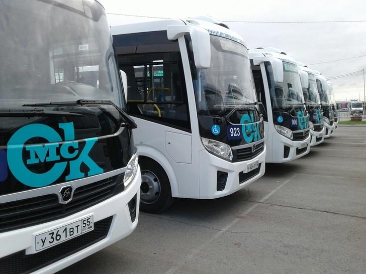 Муниципальный автопарк Омска пополнили 50 автобусов «Вектор NEXT»