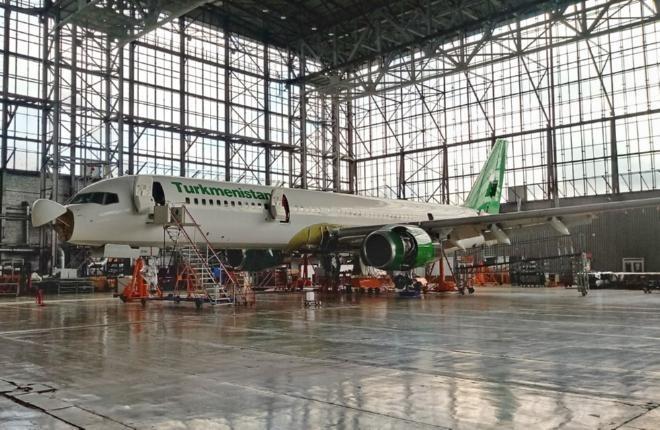 Turkmenistan Airlines отправила самолет Boeing 757 на техобслуживание в Россию
