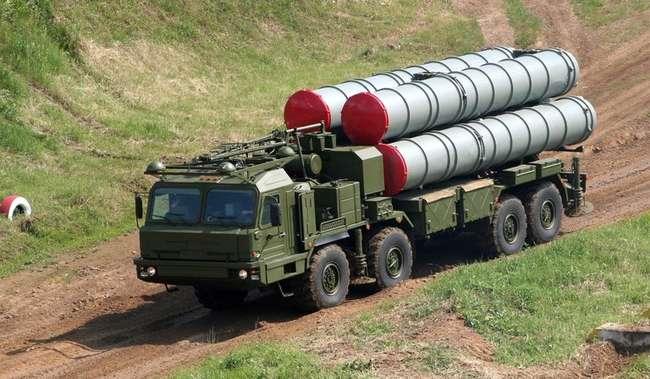 БАЗ-6402-015 с пусковой установкой 5П90С