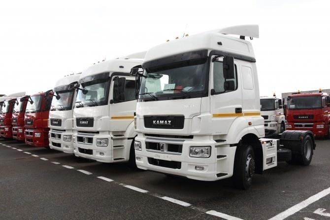 Рынок грузовых автомобилей в октябре вырос на 60%