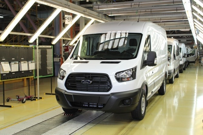 Ford Transit conveyor 2019