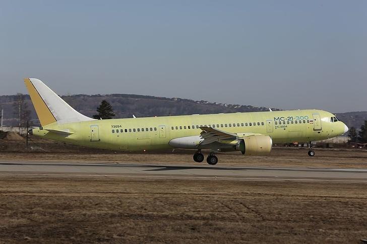 Уральский завод начал поставлять приборы для систем управления самолета МС-21