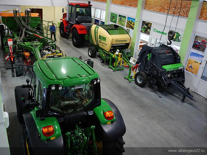 В Алтайском аграрном университете открыли учебный центр кластера аграрного машиностроения