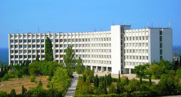 Ascreen оборудовала университет Крыма интерактивным центром проектного обучения