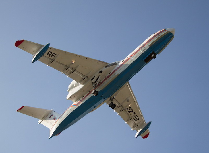 Очередной Бе-200ЧС совершил первый полет