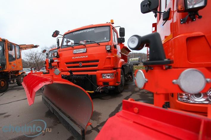 Череповецкий «Спецавтотранс» получил 16 новых коммунальных машин