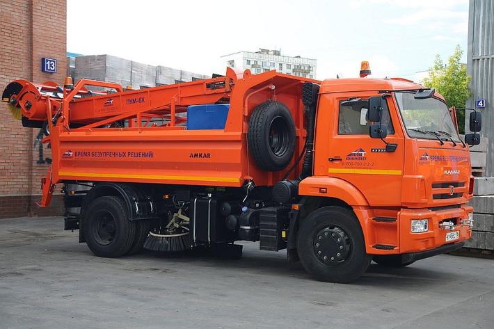 Подметально-уборочная машина ПУМ-6Х