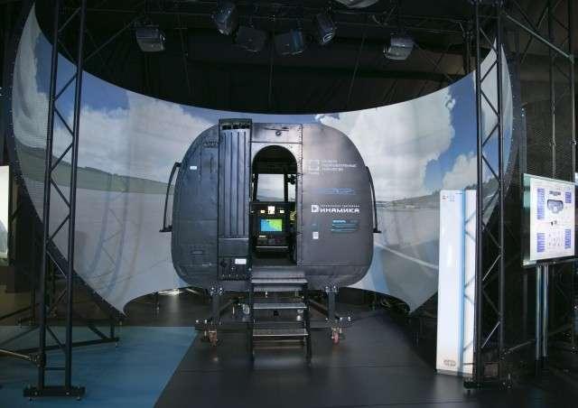 Сферические зеркала применяются в авиатренажёрах