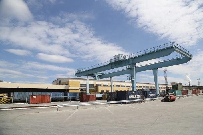 «Уралэлектромедь» ввела в эксплуатацию новую контейнерную площадку