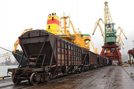 Железнодорожники достигли максимума на припортовых станциях