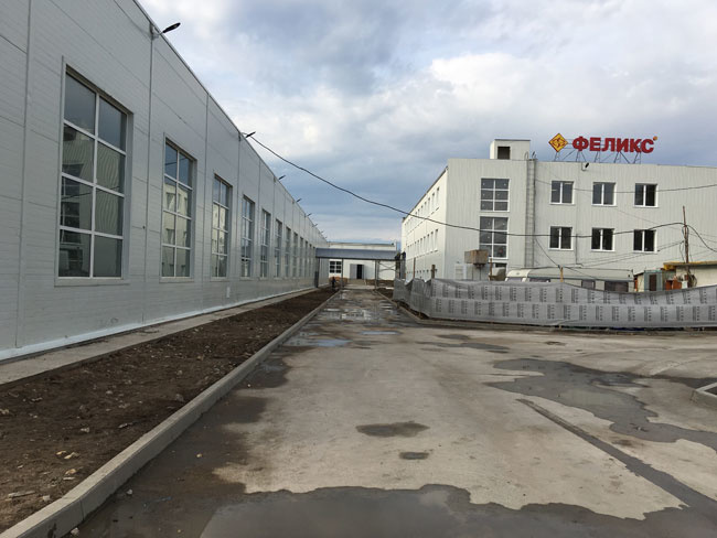 На новой мебельной фабрике в Тверской области выпущена первая партия продукции