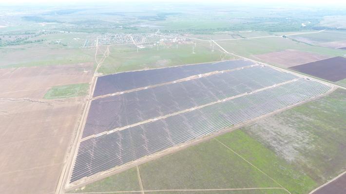 «Хевел» ввела в эксплуатацию 4-ю солнечную электростанцию в Оренбургской области – Соль-Илецкую СЭС