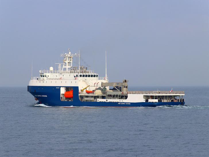 Новый танкер на ходовых испытаниях перед передачей флоту. Февраль 2021 г.