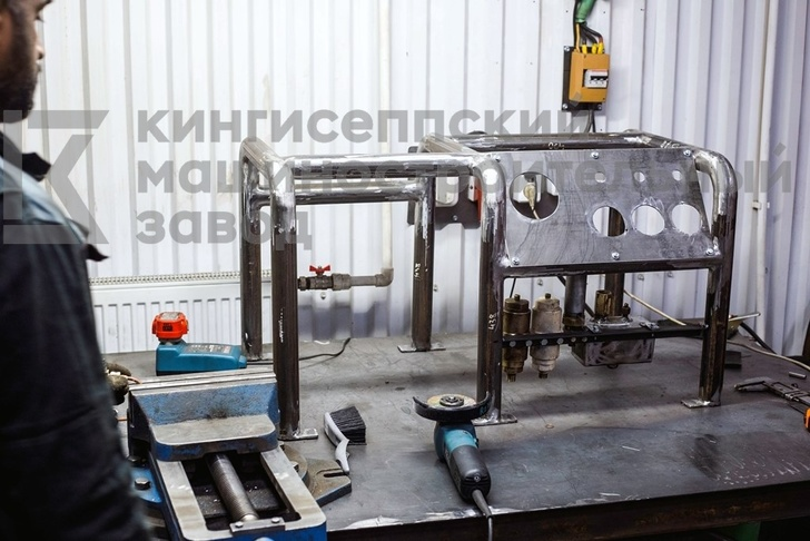 Процесс сборки рамы компрессора ЭКПА - 2/150