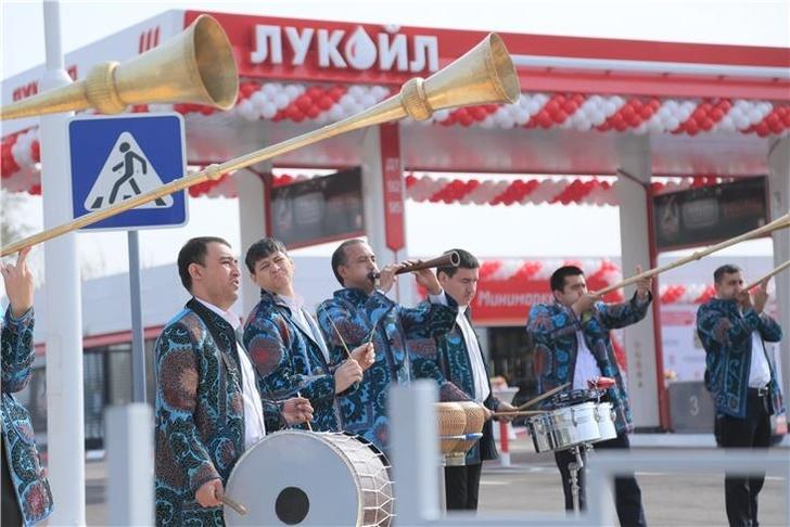 Лукойл открыл первую АЗС в Узбекистане
