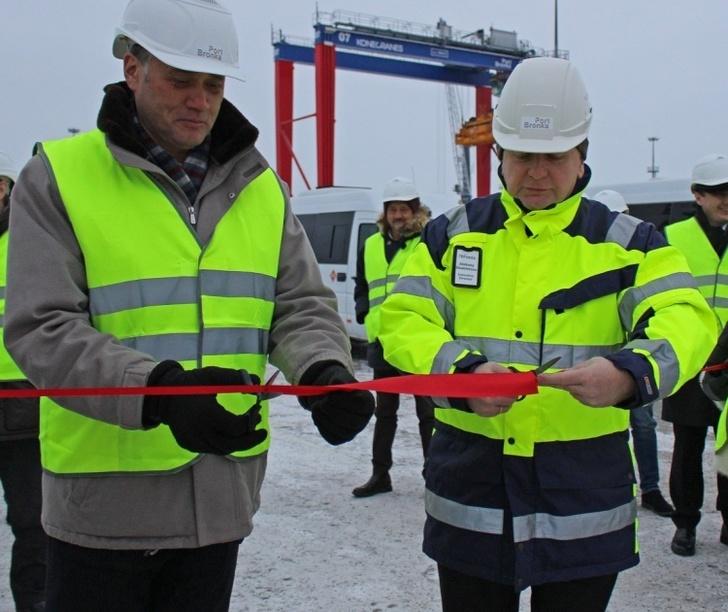 В порту «Бронка» открыт таможенный склад