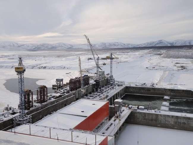Магаданэнерго подключило к энергосистеме Усть-Среднеканскую ГЭС по постоянной схеме
