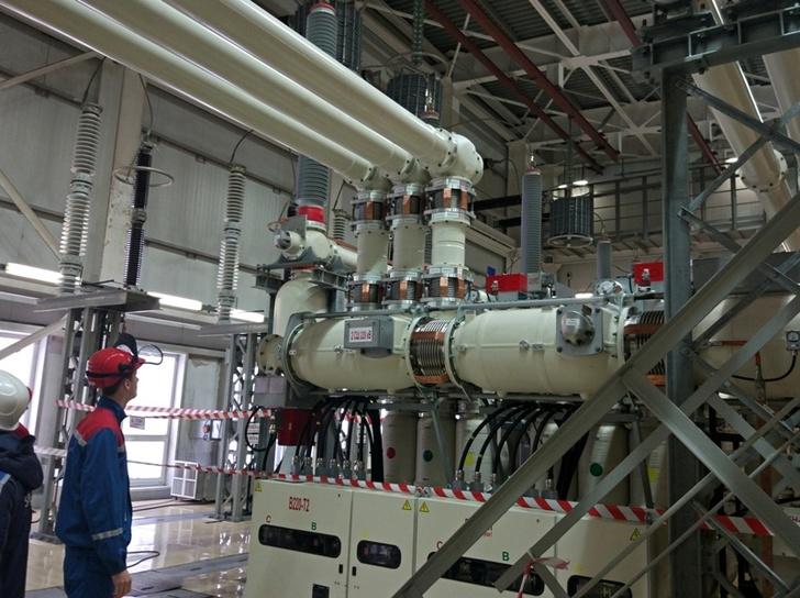 На Усть-Среднеканской ГЭС в Магаданской области завершен монтаж второй очереди КРУЭ-220 кВ