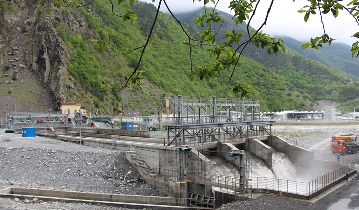Головные сооружения Эзминской ГЭС