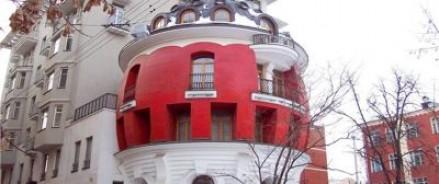 Антивандальное покрытие позволит любоваться архитектурой города, не натыкаясь взглядом на грязь неуместного граффити
