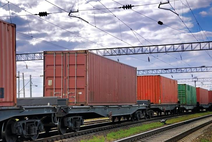 В рамках тестовой отправки по маршруту были запущены первые контейнеры с алюминиевой посудой