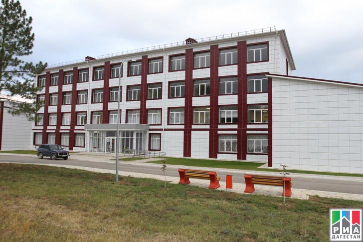 В Дагестане открылась крупнейшая на юге России централизованная лаборатория