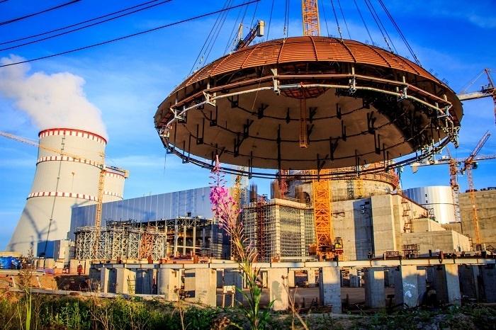Установлена верхняя часть купола здания реактора на втором блоке ЛАЭС-2
