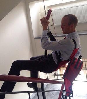 Киллер Денисутанов, стрелявший в Осмаева, снимался в рекламе альпинистского снаряжения - Цензор.НЕТ 4350