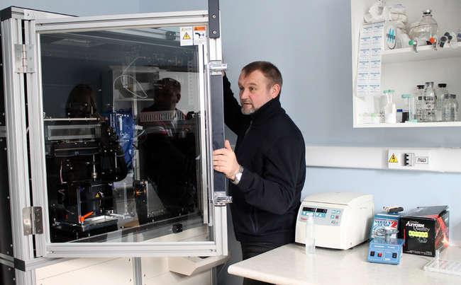 П.П. Лактионов в лаборатории молекулярной медицины