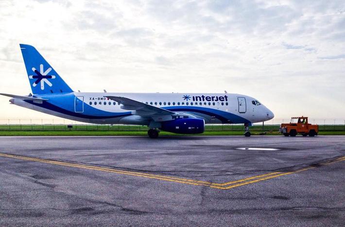 фото предыдущего, 10 самолета Interjet XA-BMO