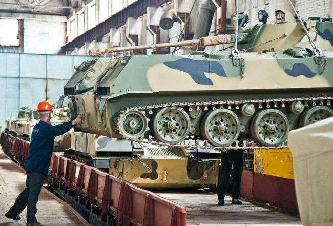 на Волгоградском тракторном заводе завершается отгрузка очередной партии боевых машин десанта (БМД)