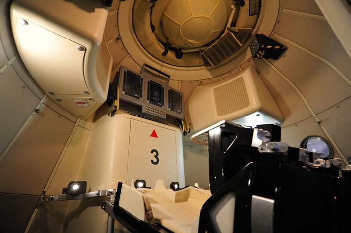 New-Generation 'Federation' Spacecraft D3d3LnNkZWxhbm91bmFzLnJ1L3VwbG9hZHMvNC82LzQ2MTE0NDA1MTk2OTBfb3JpZy5qcGVnP19faWQ9NjY2NTg=