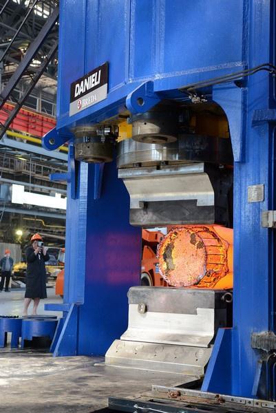 Новый ковочный пресс запущен на заводе «Русполимет» в Нижегородской области