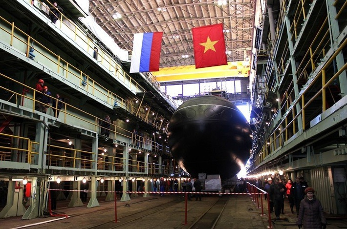 28 марта 2014 года состоялась официальная церемония спуска подводной лодки «Кханьхоа» проекта 636