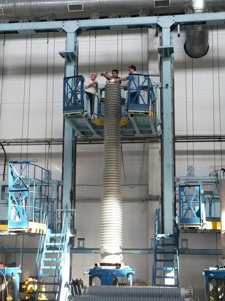 Сборка трансформаторного ввода 750 кВ с RIP-изоляцией на заводе «Изолятор»