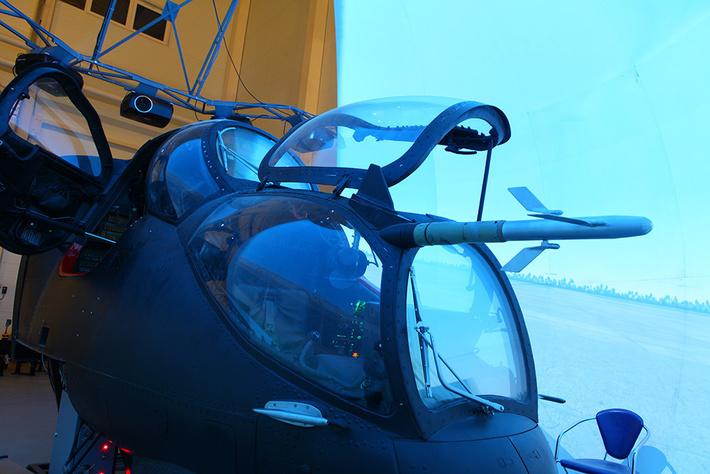 Вертолётные тренажеры с системой визуализации «Аврора»