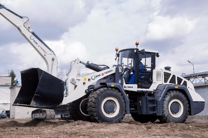 «РМ-Терекс» представила новейшие образцы строительно-дорожной техники в Астане