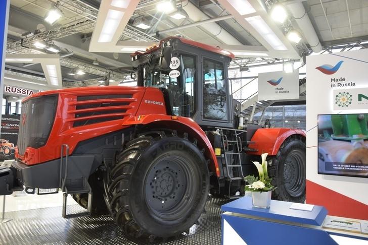 Техника Петербургского тракторного завода успешно прошла сертификацию за рубежом